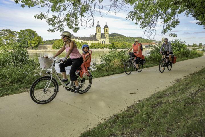 ILLUSTRATION 1_Moselle-Saône à Vélo (V50) à Pont-à-Mousson ©Guillaume Robert-Famy