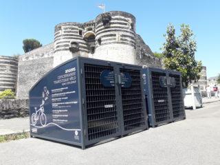 ABRI PLUS - Mairie d'Angers pour l'Office de Tourisme (49) Angers - 4 Vel'Box 2 places - Portes battantes