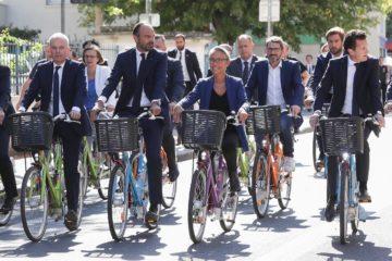 Visite à vélo lors de l'annonce du Plan vélo et mobilités actives à Angers