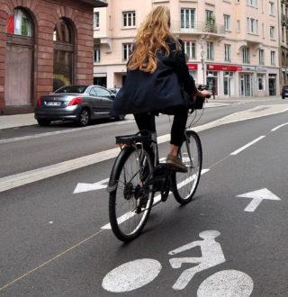 Gros plan pictogramme vélo (2)[2]