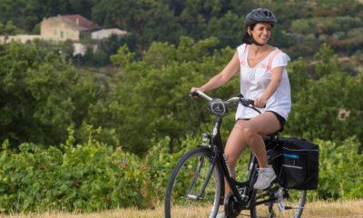 Cyclotourisme_a_Cairanne-copyright-HOCQUEL_A_-_VPA-14678