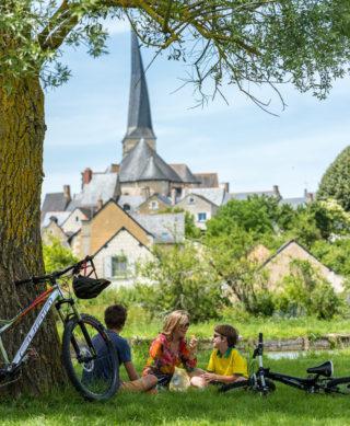 3_La Vélobuissonnière à Vieil-Bauge ©Sébastien Gaudard